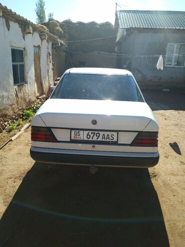 Транспорт - Чаек: Mercedes-Benz W124 2 л. 1989 | 500000 км