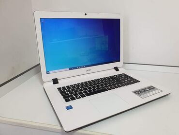 "Acer ES 17Ekran: 17.3"" ledProcesor: intel Quad core N4200 1.10ghzRam"