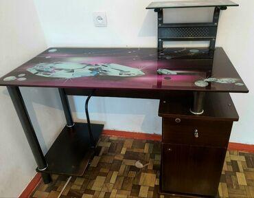 Компьютерный стол в хорошем состоянии Цена: 3 500 сом  г.Каракол