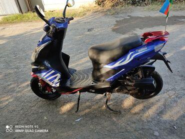 Motosiklet və mopedlər - Gəncə: Tecili satilir mopet islek veziyetdedi qabaq sag pavarotniki qirilib