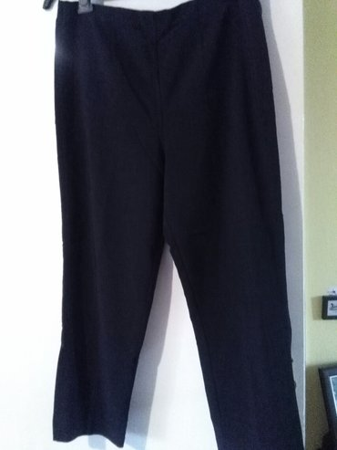 pantalone tricetrt za krupnije dame,crne,gore guma a na peglu se izvla in Sombor