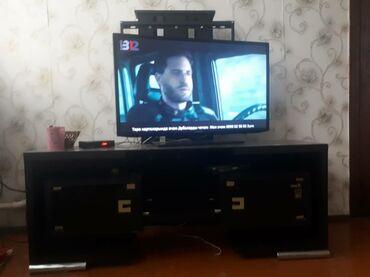 смарт тв 32 в Кыргызстан: Продам телевизор Samsung 102, смарт ТВ интернет. Отличное состояние