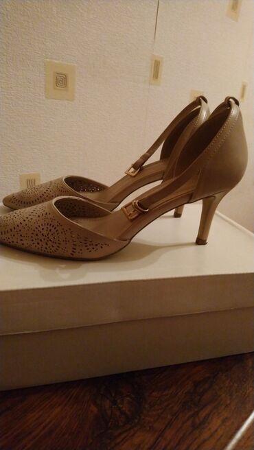 Туфли, пыльно-розового цвета, в отличном состоянии, высота каблука 7,5