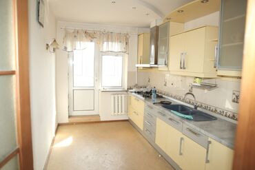 портативные колонки 7 1 в Кыргызстан: Продается квартира: 5 комнат, 122 кв. м