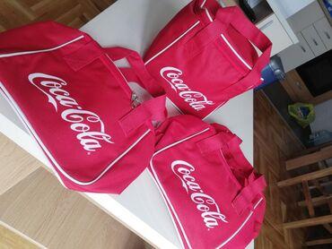 Coca-Cola cooler bags. Odlične za nošenje užine u njima, hladnih napit