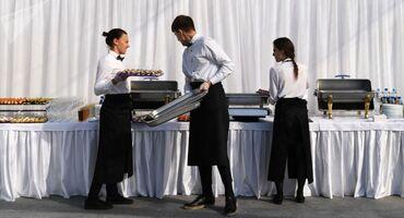 Требуются официанты с опытом работы и без. Работа в г. Ош