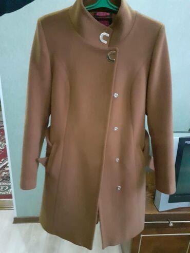 Турецкое женское пальто, в отличном состоянии 48 размер, за 8000 сомов