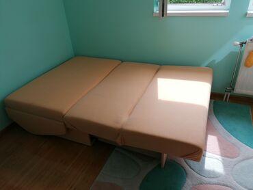 Prodajem krevet koji je star nepune 2god, bez ikakvih ostecenja
