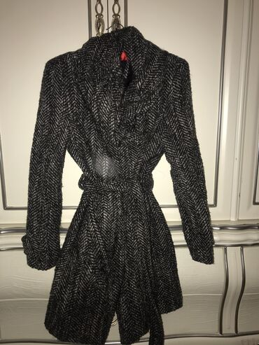 gecə qadın ayaqqabıları - Azərbaycan: Zara.qadin palto.Xarici olkeden alinib.qalin.m olcu.130azn