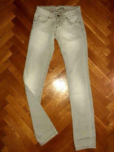 Zara-farmerke - Srbija: ZARA farmerke, veličina 34, jednom obučene, odlično stoje