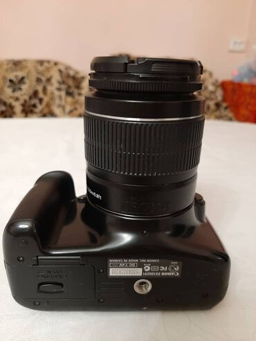 Canon EOS 1100D + объектив в отличном состоянии за 10 000с
