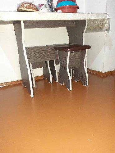 стол с двумя стульями в Кыргызстан: Продаю стол с 4 стульчиками