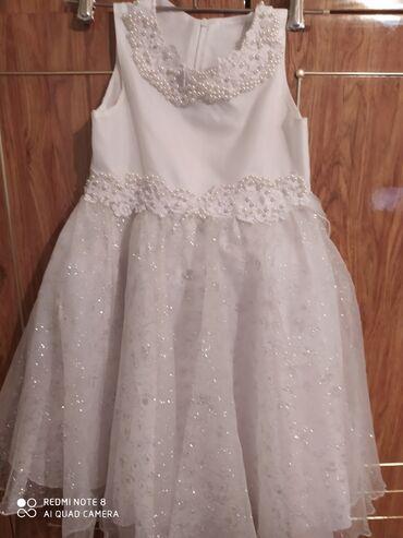 вечернее нарядное платье в Кыргызстан: Новое нарядное платье для девочки Расшито бусинками очень