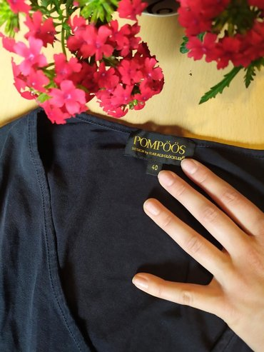 SVEČANE bluzice i majice SVAKA PO 100
