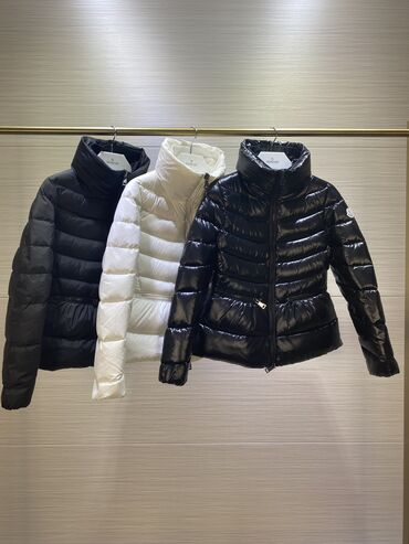 Продаю новую куртку Moncler с биркамиПриталенная куртка наивысшего