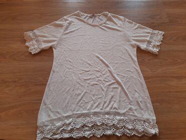 Zenska majica-bluza, velicina M-L, ima elastina.Nova, nije nikad