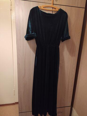 Продаю платье одето только 1 раз на свадьбу покупала в бутике platya k