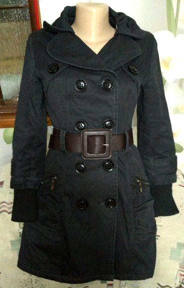 Новое Деми пальто 42-44 размер, привезли в Бишкек
