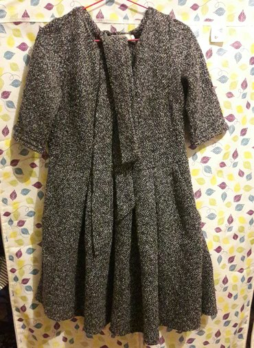 Платье до колен. теплая. тонкая шерсть в Бишкек