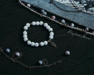 Женский браслет из натуральных камней Белый агатДиаметр бусины: 8