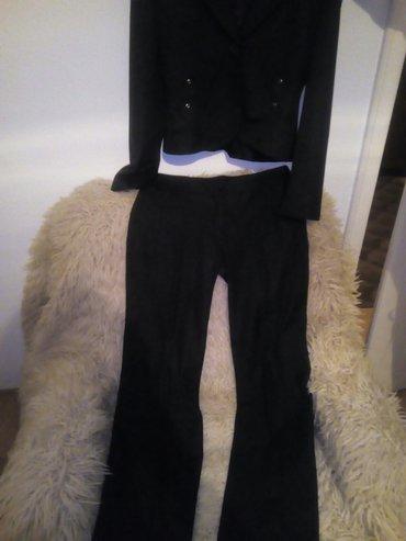 Crno, potpuno novi komplet, rastegljiv materijal. Pantalone: struk - Beograd