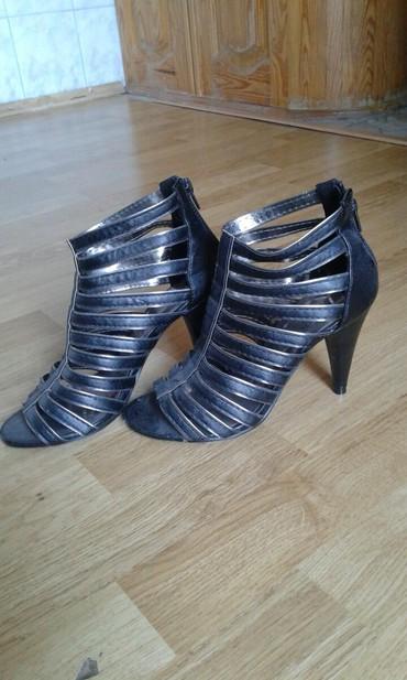 Sandale crne 37 broj malo nošene - Belgrade
