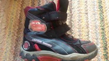Dečije Cipele i Čizme | Leskovac: Decije cizmice,tople nepromocive,ocuvane br,28 marke Disney pixar