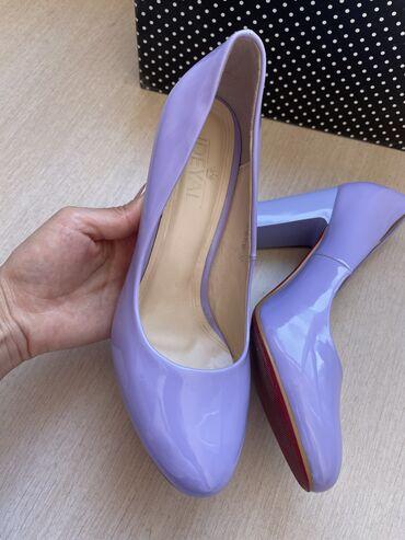 Туфли 37 размер, одевали один раз