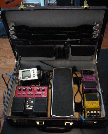 Fly q115 - Srbija: Otkup gitarskih pedala procesora i efekata Vrsim otkup gitarskih