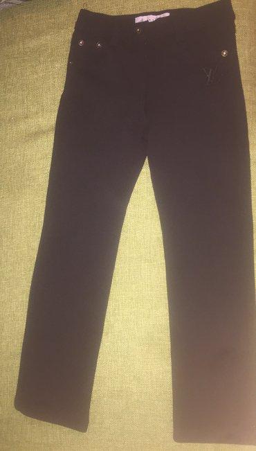 новые черные классические брюки для школы. теплые с начесом. на 6-8 в Бишкек