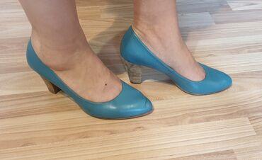 527 объявлений: Продаю красивые, модные туфли бирюзового цвета. Размер 38