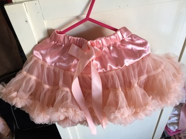 Satin and tulle tutu.18 -24 months. As new, never worn. Excellent σε Νέα Σμύρνη
