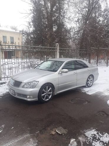 Toyota Crown 3 л. 2004