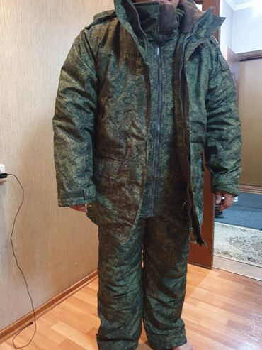 чёрное платье размер 50 52 в Кыргызстан: Термо костюм охотничий. Двойная куртка и штаны. Выдерживает -50!