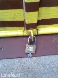Prodajem rampu ili čuvar parkinga sa slike, na - Nova Pazova