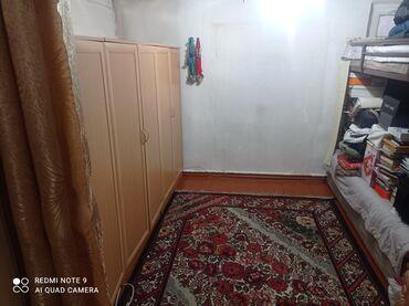 Долгосрочная аренда квартир - С мебелью - Бишкек: Сдаю 2-комнатную КВ барачного типа. 17000с