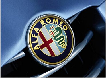 Alfa Romeo - samolepljivi metalni (aluminijumski) logo-amblem.  - Zrenjanin