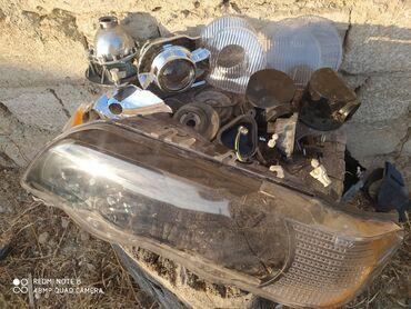 vozduxamer - Azərbaycan: X5 aid bezi hisseler var vozduxamer zaslonka baqaj ucun bej rengde tik