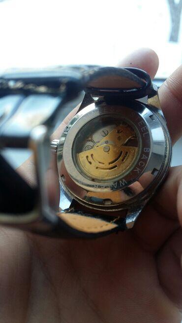 фасоны узбекских платьев в Кыргызстан: Меха часы оригинал Feichi