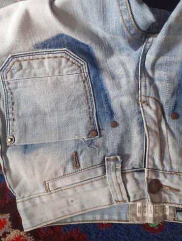 Фирменный качественный оригинал джинсы не тянется. срочно продаю 27