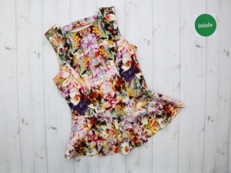 Женская блуза в цветочный принт River Island, р. М    Длина: 60 см Пог