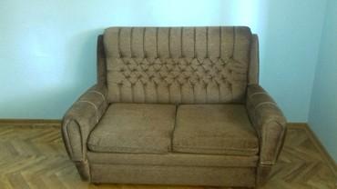 Kuća i bašta   Srbija: Na prodaju garnitura,dvosed i dve fotelje. Dobro stanje. Dvosed se