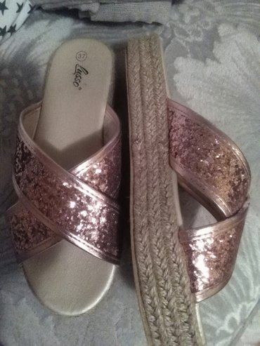 Papuce prelepe 37 broj,prava spaga na njima nije plastika - Sombor