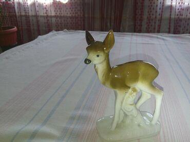 Продаю немецкую статуэтку олененок