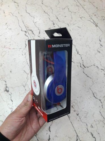 Bakı şəhərində Beats Şunurlu Nauşnik.