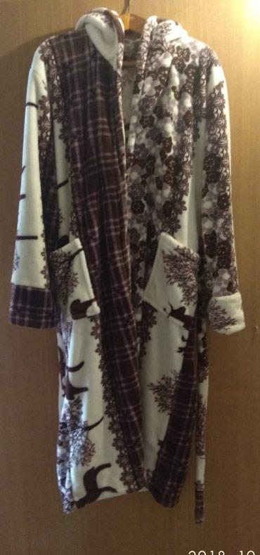 Продаю банный халат ткань пенка . Производство Кыргызстан. размер 54 . в Бишкек