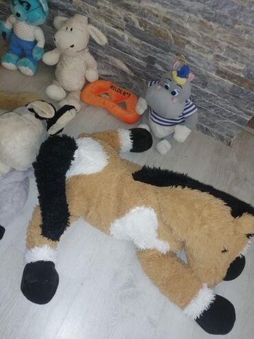 Očuvane igračke iz inostranstva Cena za sve 850 din Magarac je racnac