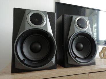 Zvučnici Aiwa SX NAV304 od 6 oma. Dimenzije visina 32,5 cm, širina