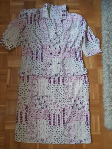 Suknja - Srbija: Nov komplet suknja i letni sako-blejzer,suknja ima postavu, duzina