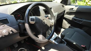 Opel - Azərbaycan: Opel Astra 1.4 l. 2009 | 116000 km